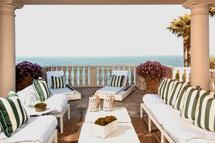 Outdoor Patio with Cali Ocean View
